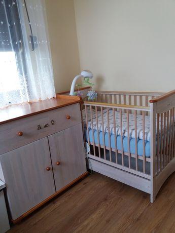 Zestaw mebli dziecięcych DREWEX: łóżeczko, komoda, szafa