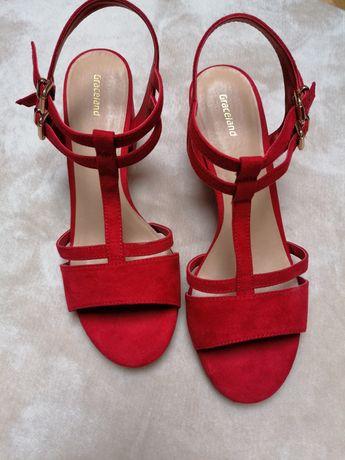 Sandałki Graceland nowe