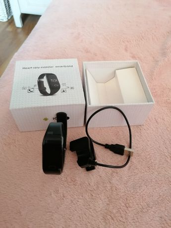 Heart rate monitor smartband for IOS