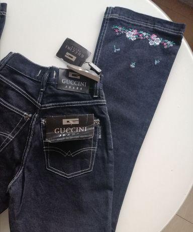Granatowe włoskie jeansy dzwony Guccini r. XS