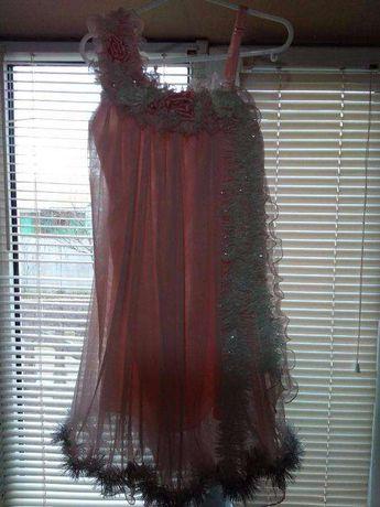 Продам нарядное платье +. шарфик