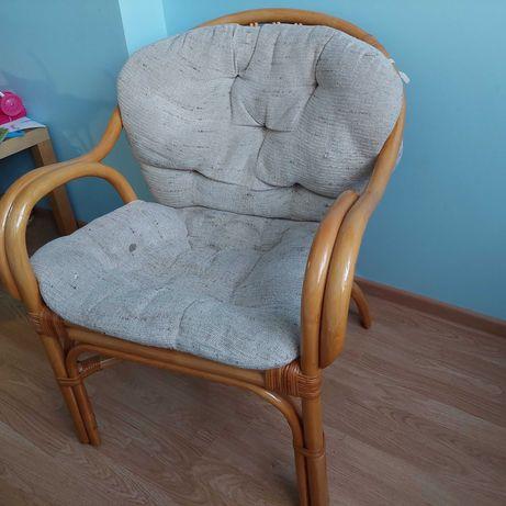 Fotele + stolik rattanowe