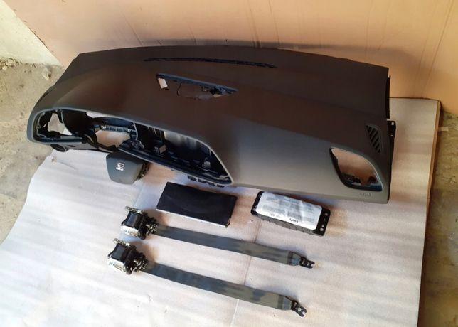 Seat Leon 3 tablier airbags cintos
