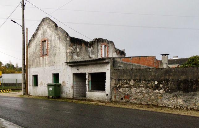Edificio Histórico em Pataias-Gare - Prédio c/ projecto 496m2