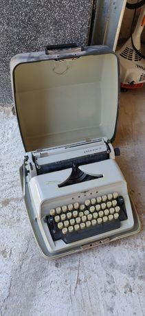 Maszyna do pisania Adler Gabriele 10 Niemiecka
