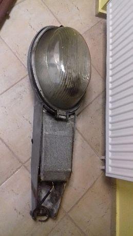 stara lampa uliczna z kloszem cena 180 zł