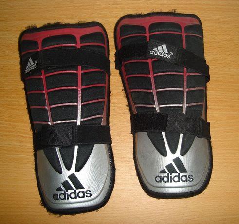 Caneleiras Adidas originais