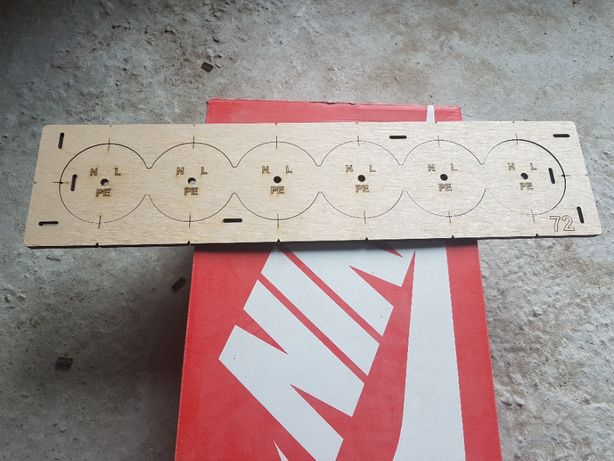 Шаблон, Кондуктор для сверления подрозетников, 72 диаметр 6 отверстия.