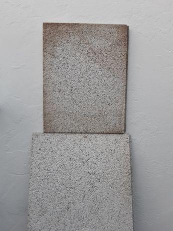Granito para Pavimento - Pedra Bojardada