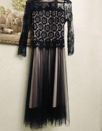 Жіноча сукня вечірня