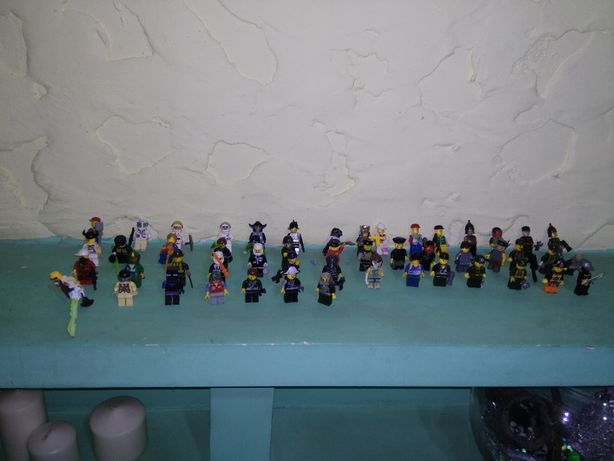 Лего мініфігурки