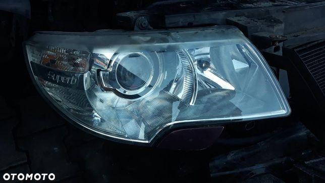 Lampa Prawa Lewa Skoda SuperB II