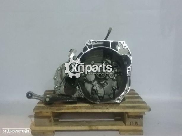 Caixa de velocidades manual RENAULT CLIO IV 0.9 Tce REF: JHx  2012 - ... Usado