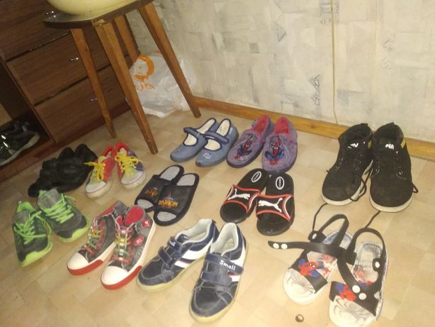 Продам детскую обувь 31-33 размера