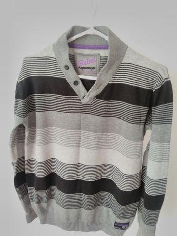 miły ciepły sweter Rebel dla chłopca 158 cm swetr pulower