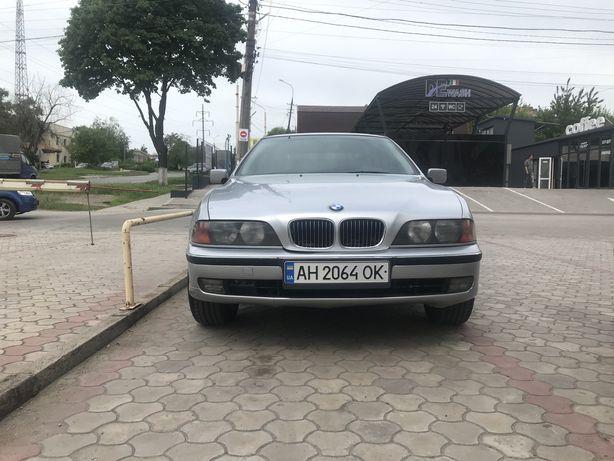 Продам BMW 523i e39