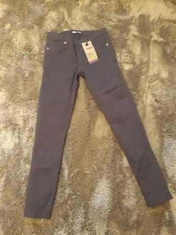Spodnie dla dziewczynki levis diesel