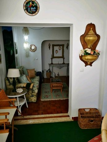 Arrendamento de Apartamento T3 na rua Rosas, 18
