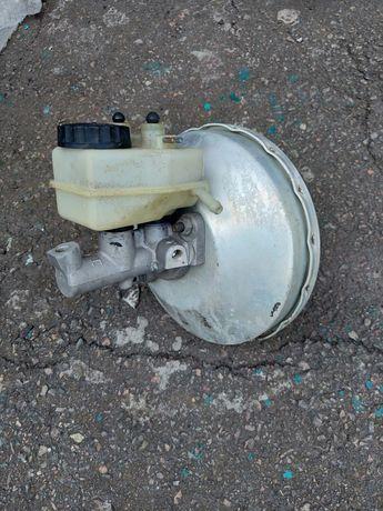 Вакуумный усилитель тормозов Mercedes  Е190