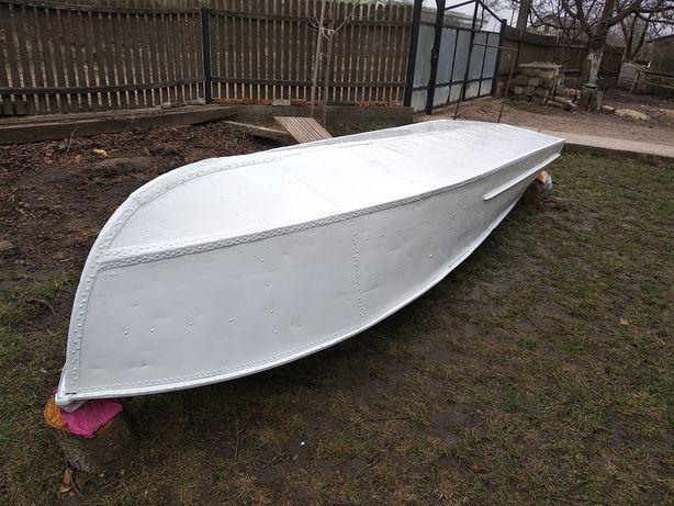 Лодка алюмінієва Казанка