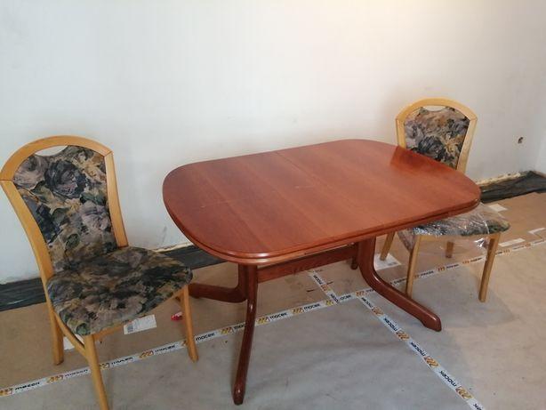 Stół i 12 krzeseł