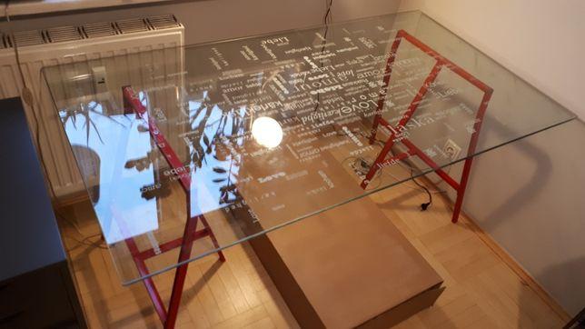 Biurko szklane blat z napisami love IKEA
