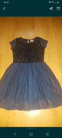Elegancka sukienka w cekinki rozm 146