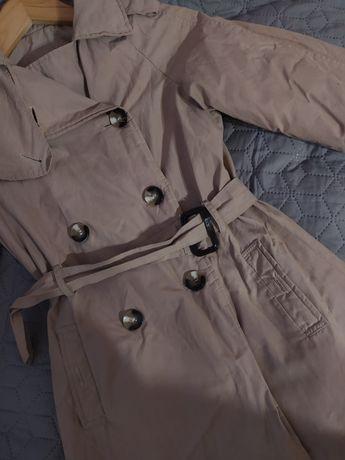 Пальто для дівчинки 8-9 років