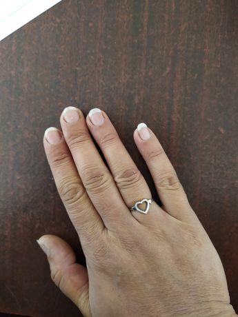 Серебрянное кольцо 16,5р