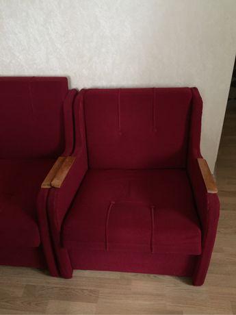 Диван-малютка і два крісла