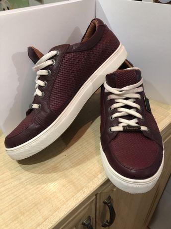 Шкіряні кеди, кросівки, стильне чоловіче взуття