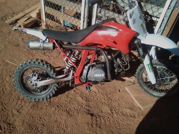 pit bike 140  muita força