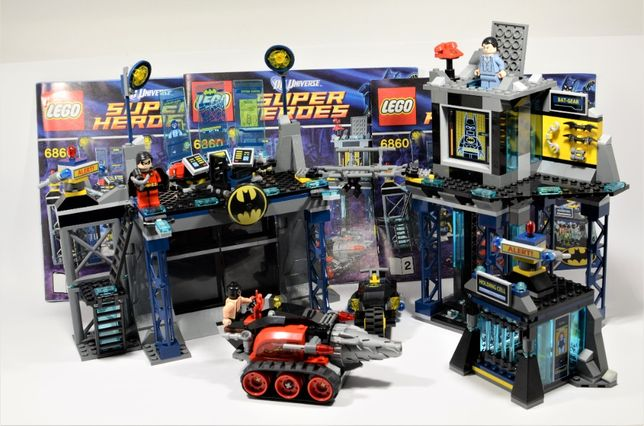 LEGO Super Heroes - 6860 The Batcave