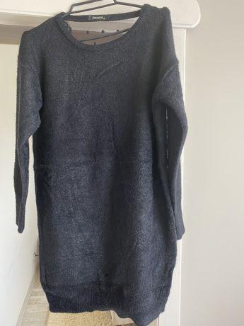 Czarny sweter alpka