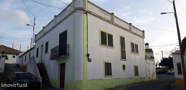 Moradia T4 Venda em São Miguel do Pinheiro, São Pedro de Solis e São S