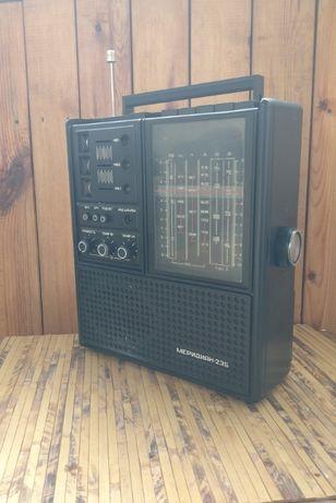 Радиоприемник Меридиан 235