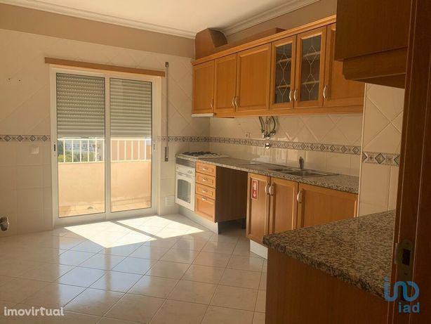 Apartamento - 60 m² - T0