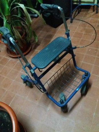 Andarilho 4 rodas com travões