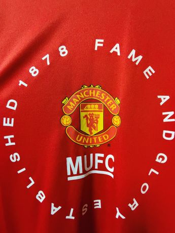 Футболка Manchester United (оригинальный мерч)