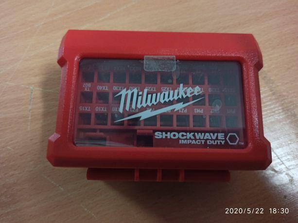 Organizer pudełko na bity MILWAUKEE