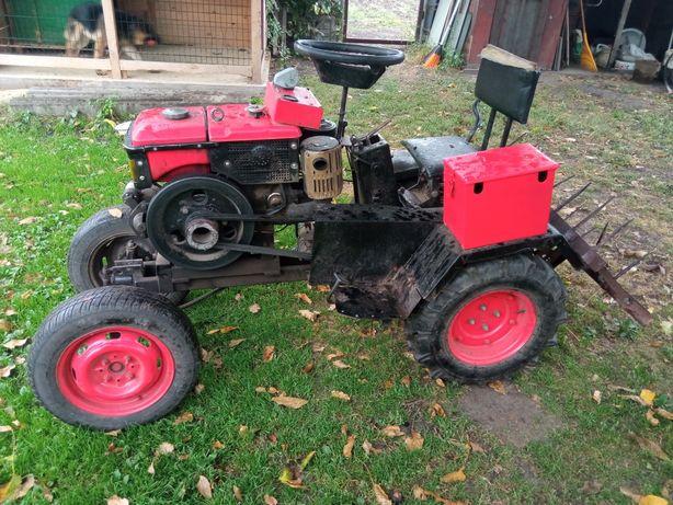 Міні трактор мотоблок