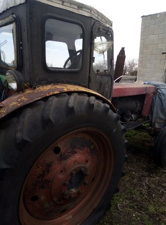 Трактор  трактор т 40.