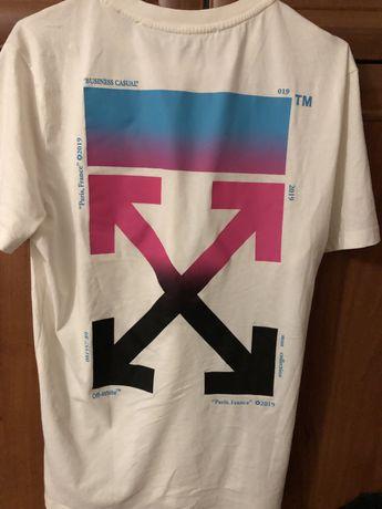 Тишка оригинал Off-white , футболка размер М . Состояние идеальное .