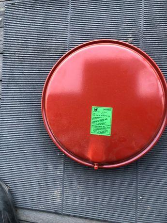 Бак расширительный новый на газовый котел 24 кл Junkers, Bosch