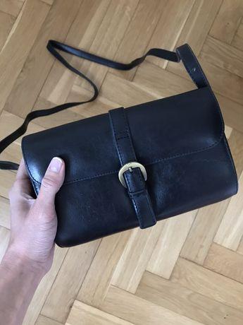 Skórzana torebka listonoszka Vera Pelle