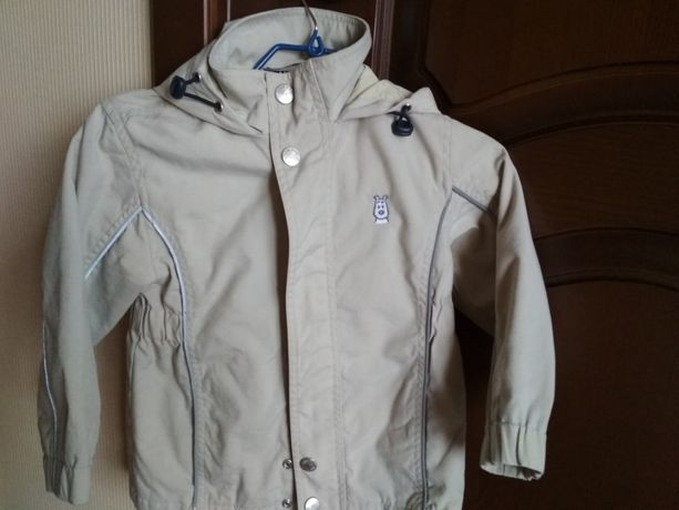Ветровка-куртка весна-лето на 5 лет