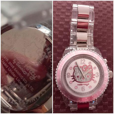 """Relógios """"Sanrio"""" Hello Kitty"""