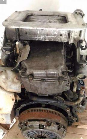 motor Navara d22 yd25 para pecas