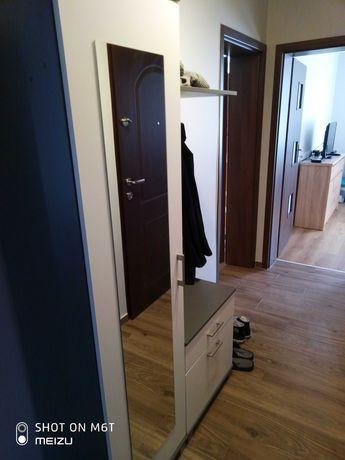 Garderoba do przedpokoju, prawie nowa.