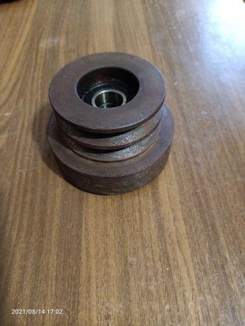 Обгонная муфта Центробежное сцепление на вал 20 мм 2-ручья Б